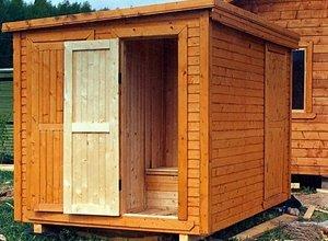 Туалет деревянный фото